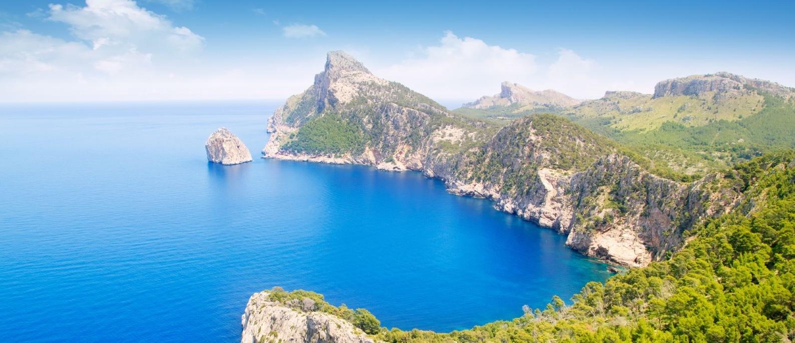 Řecké a španělské ostrovy na začátku léta za 1380 Kč