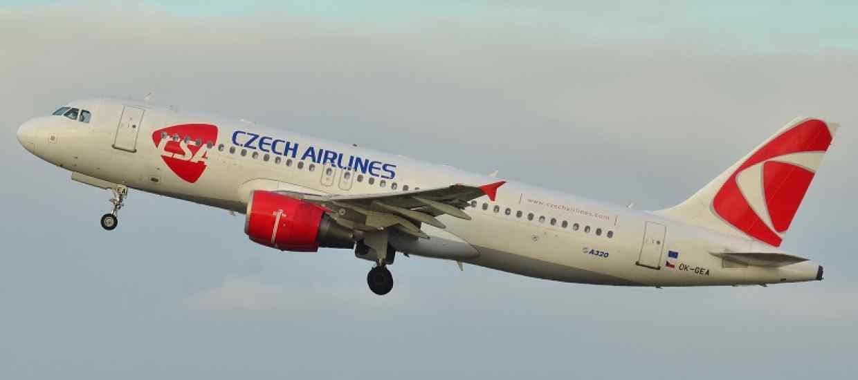 Airbus_A320-200_CSA