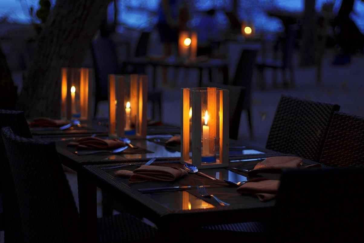 Arena Beach, večeře na pláži