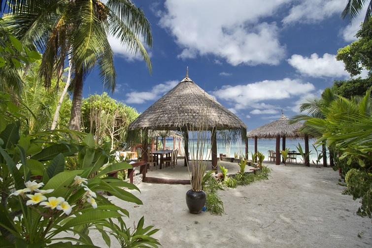 Thinadhoo, Vaavu atol.