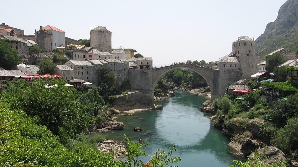 Bosna a Hercegovina z Bratislavy