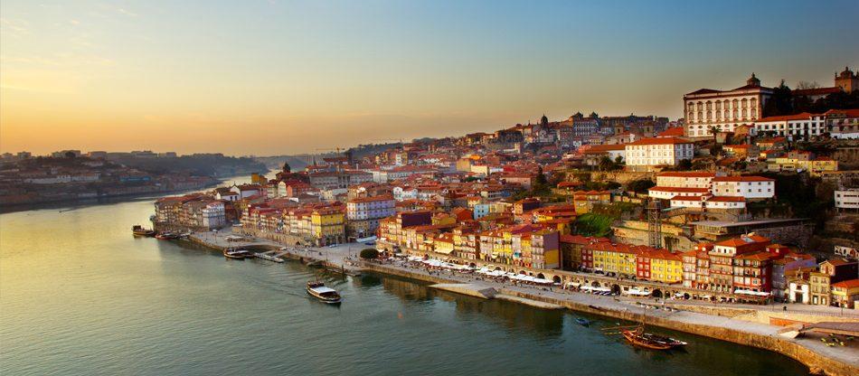 Portugalsko: Porto z Vídně (i na Velikonoce 2021)