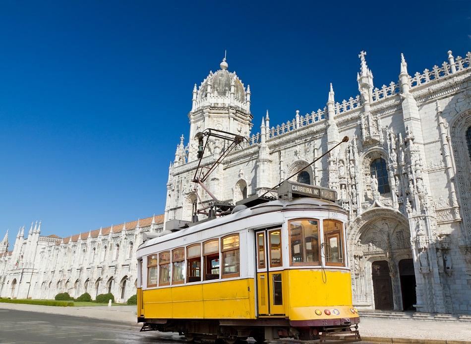 Lisabon z Prahy za 3790 Kč