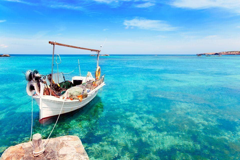 Ibiza v červenci – 1566 Kč