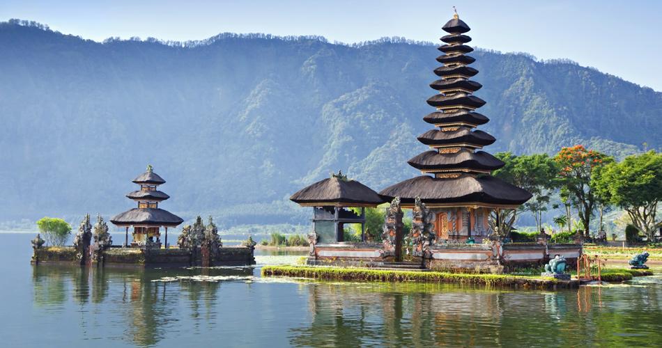 Bali z Berlína za 8 824 Kč