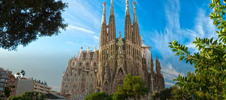 Barcelona-bez-textu.jpg