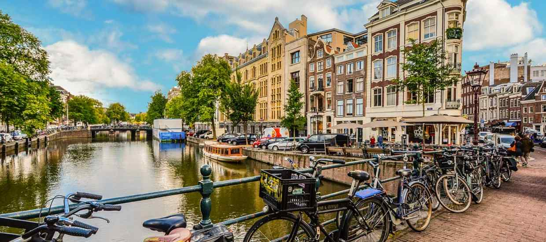 amsterdam-2241485_960_720.jpg