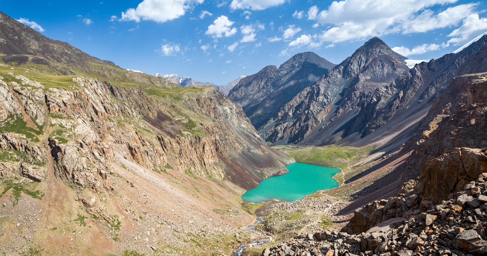 Arménie, Dubaj, Írán a Kazachstán