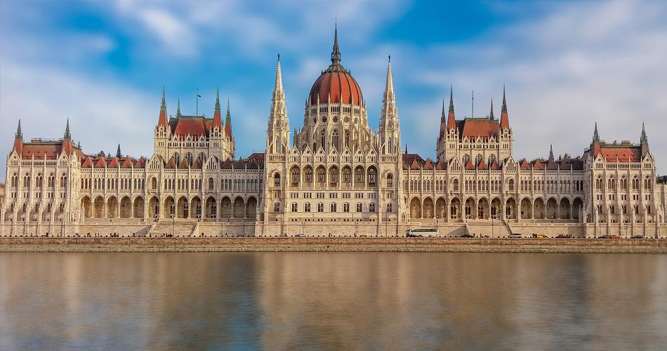 Budapešť z Prahy od 518 Kč