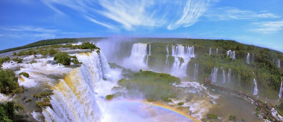 Vodopády Iguacu z Prahy