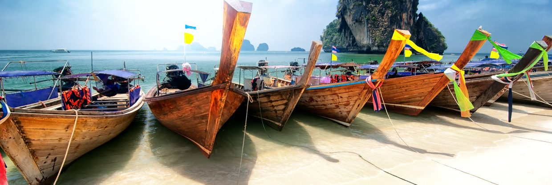 <thrive_headline click tho-post-33653 tho-test-54>S Qatarci na Phuket z Vídně</thrive_headline>
