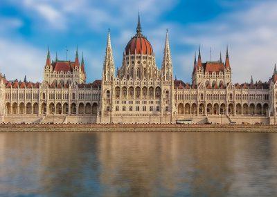 do Budapešti