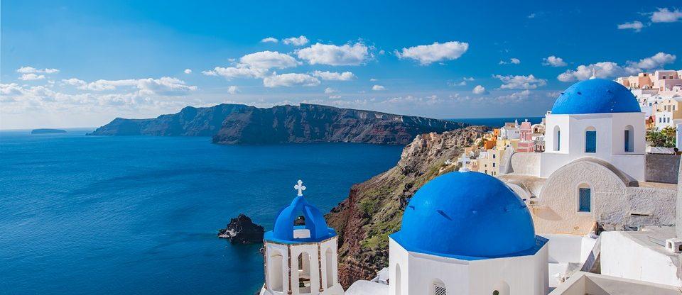 Korfu, Kréta, Mykonos, Rhodos a Santorini z Vídně od 772 Kč