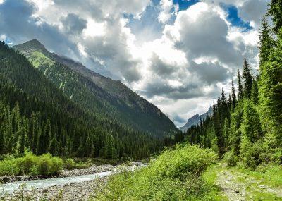 Kazachstán - Almaty za 6 116 Kč