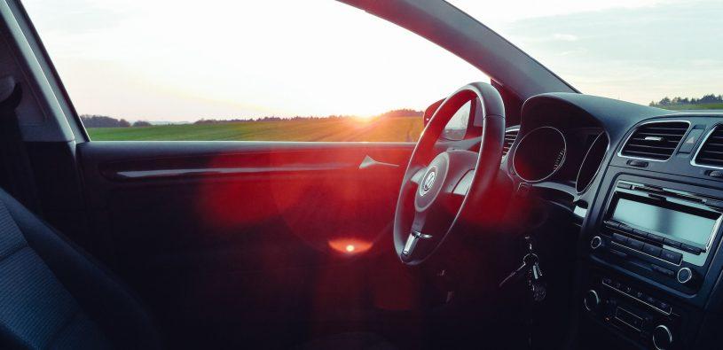 Převzetí a předání auta v autopůjčovně