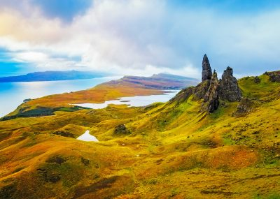 Skotsko: Edinburgh z Prahy během jarních měsíců