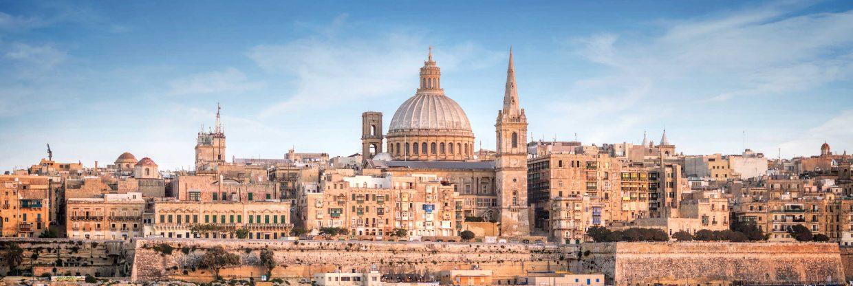 Malta z Prahy během května a června