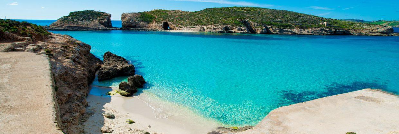 Středomořský ostrov Malta z Vídně během srpna a září