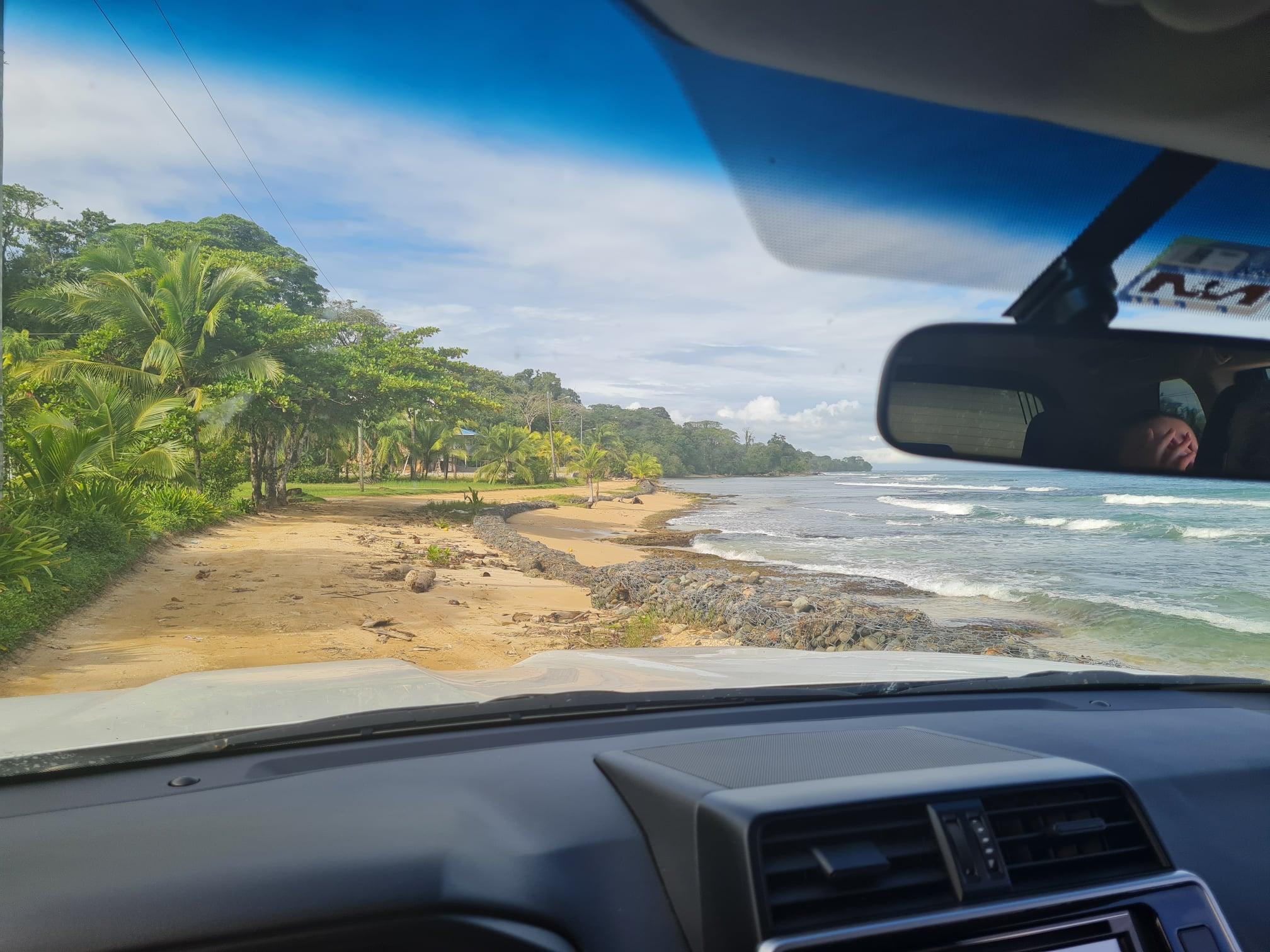 Omylem v Panamě - 1. díl