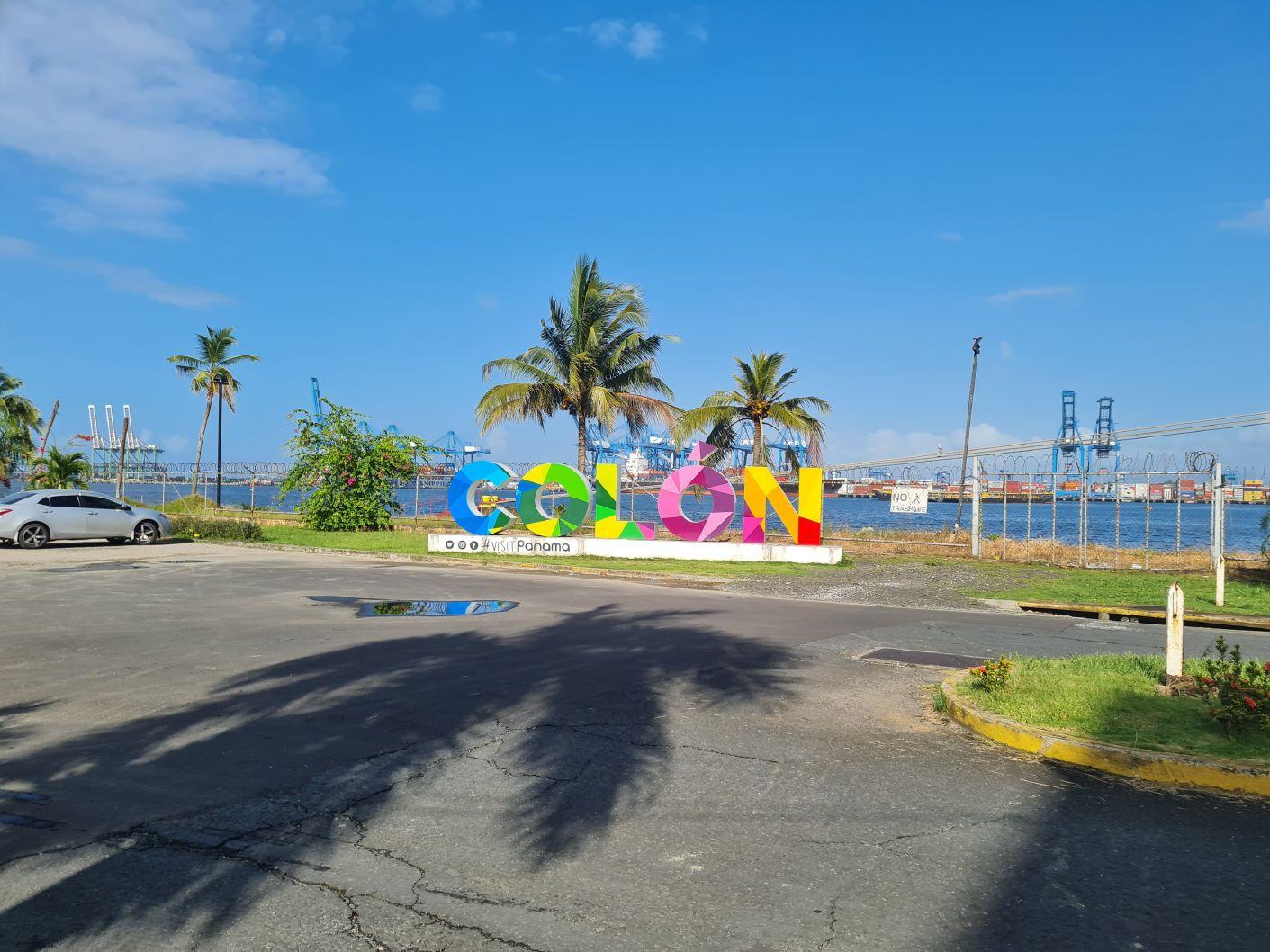 Omylem v Panamě - 2. díl