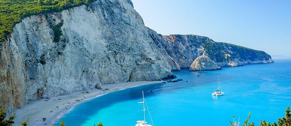 Řecký ostrov Lefkada z Vídně na začátku léta