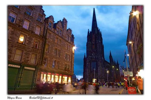 Edinburgh – Ryanair – 1590 Kč