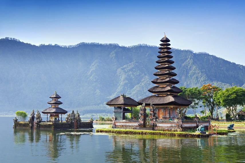 Bali z Frankfurtu a Prahy od 11507 Kč