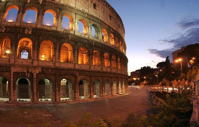 Vueling – Řím – o letních prázdninách – 1 872 Kč, aktualizovány termíny