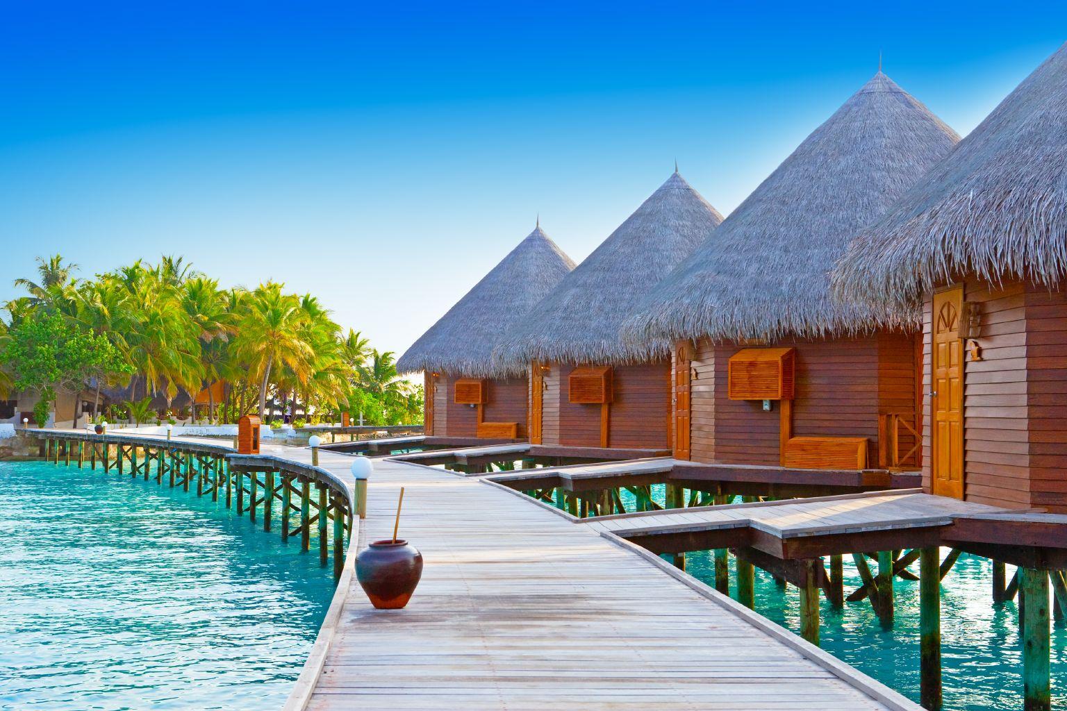 Akce Flydubai: Maledivy 11000 Kč, Goa 9000 Kč a další