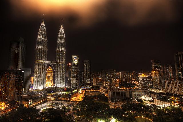 Letenky do Malajsie za 15017 Kč a odsud po celé JV Asii a do Austrálie od 3 USD