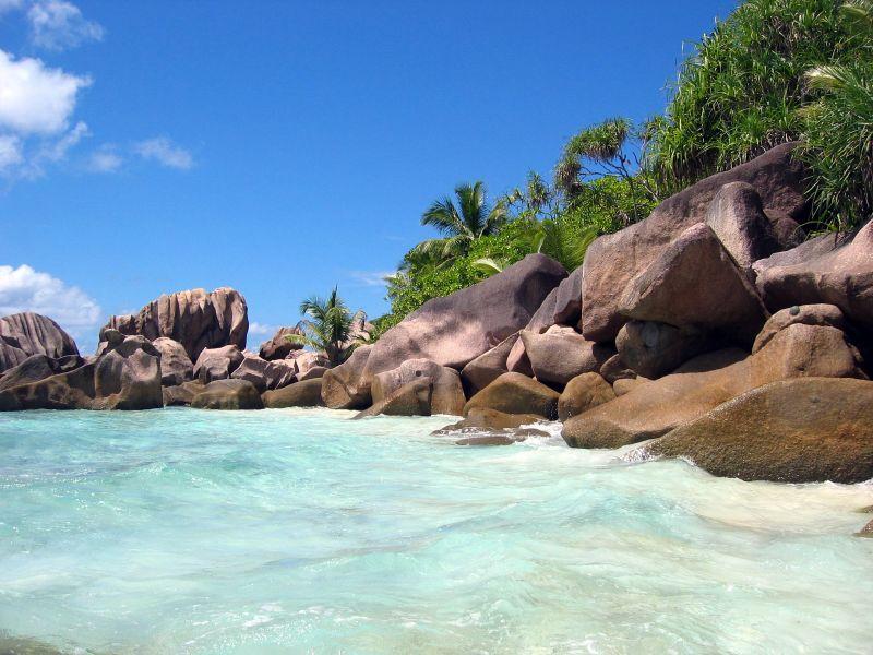 Seychely – Malé – Ethiopian – 13 320 Kč