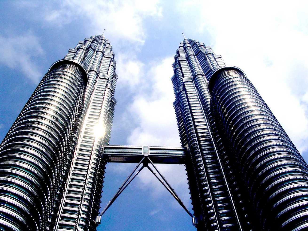 Kuala Lumpur – Etihad – 9892 Kč